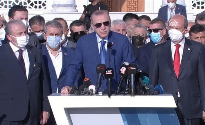 Erdoğan: Türkiye'nin Taliban'ın İnancıyla Ters Bir Yanı Yok